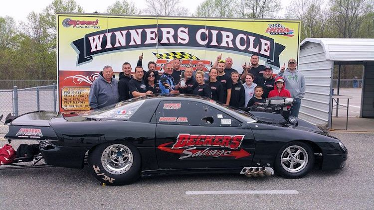 Decker resets Outlaw 10.5 Record, wins at MIR